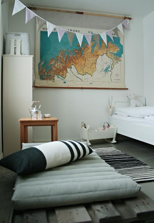 10 habitaciones infantiles decoradas con láminas vintage ...
