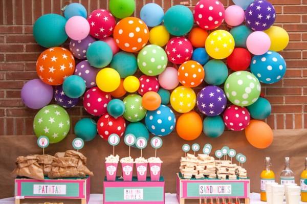 Las mejores ideas para decorar el fondo de la mesa de - Globos para eventos ...