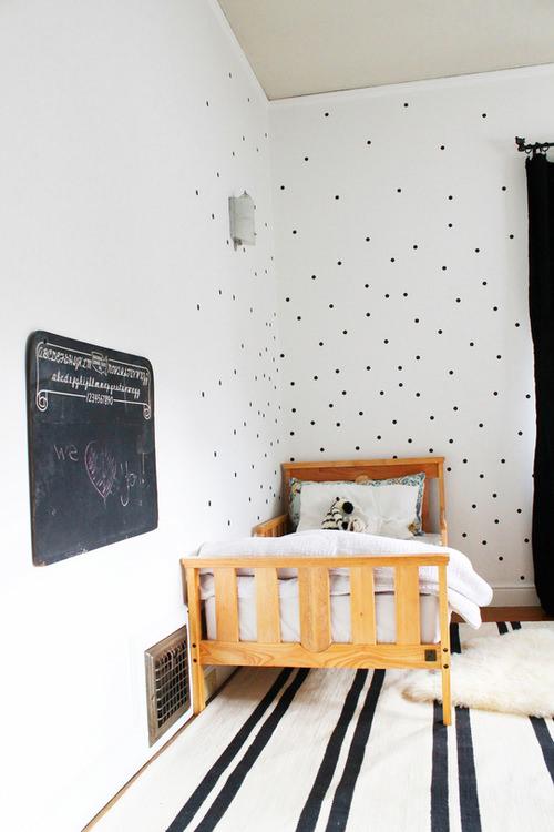 10 Habitaciones infantiles con lunares | DecoPeques