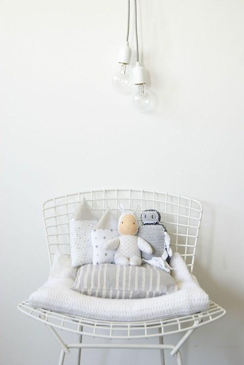 decoracion infantil casas y nubes de plata