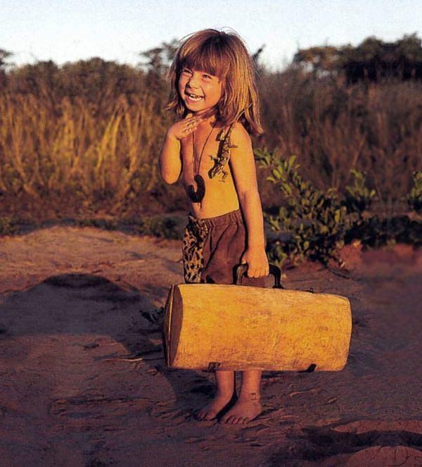 niña selva 12