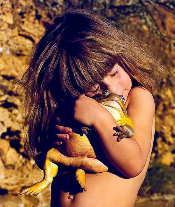niña selva 19