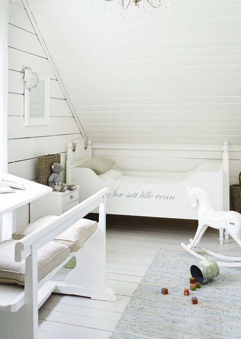 dormitorio-nordico-infantil-blanco