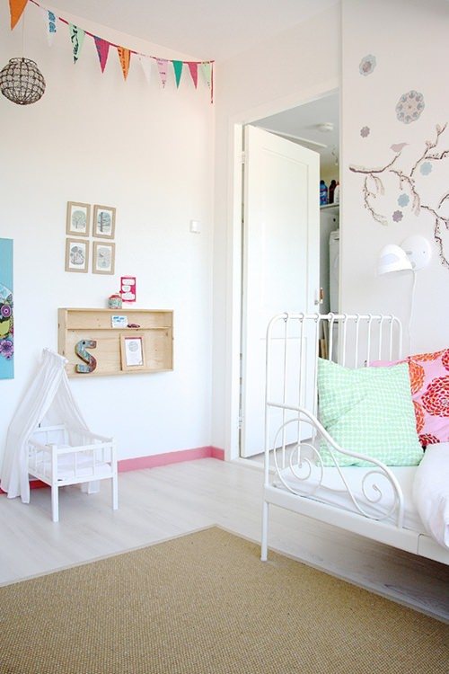 10 habitaciones de ensue o para ni as decopeques for Cuartos de ninas sencillos