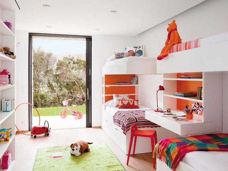 Cuatro hermanas para un dormitorio infantil decopeques for Literas infantiles originales