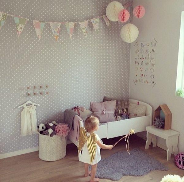 habitacion-infantil-lunares