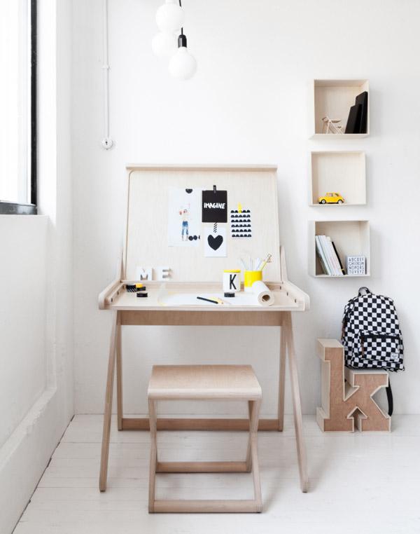 k-desk-3