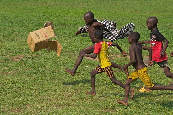 decopeques-15fotos-niños-del-mundo-jugando8