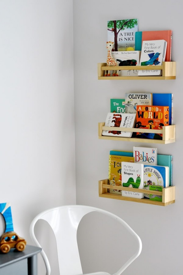 Diy estanter a para cuentos y libros con el especiero de Librerias de pared