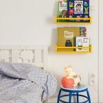 DIY: Estantería para cuentos y libros con el especiero de Ikea