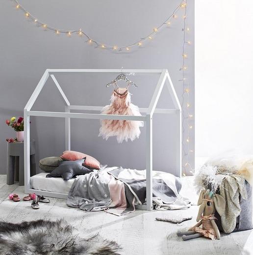 dormitorio-niña-blanco-casita