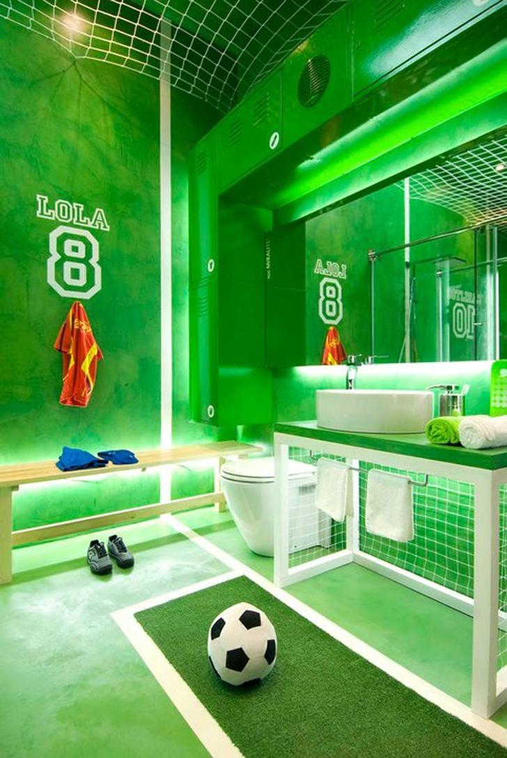 Ideas de decoraci n infantil inspir ndonos en el f tbol for Sports themed bathroom ideas