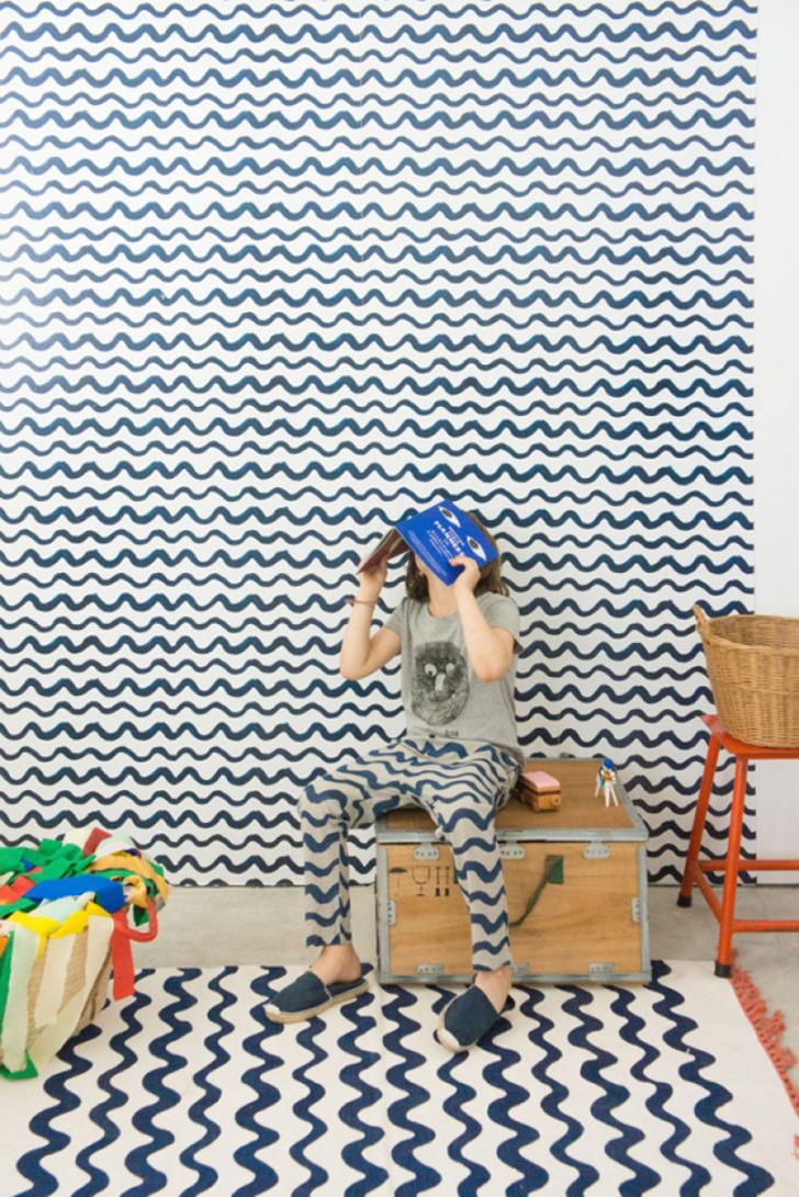 papel-pintado-chispum-bobo-choses-azul