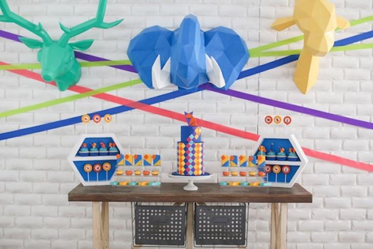Safari geométrico: inspiración para una fiesta infantil de animales