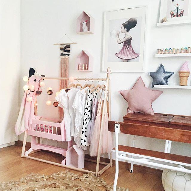 Dormitorios rom nticos para ni as decopeques for Cuarto lleno de rosas