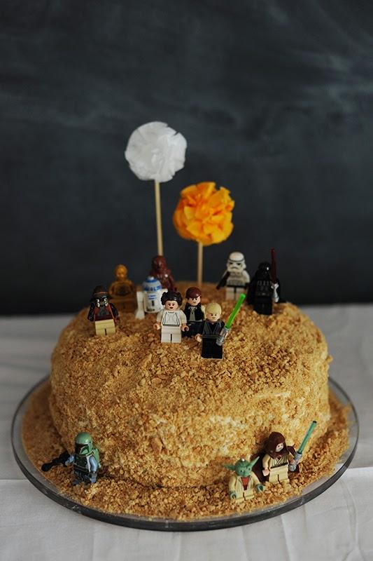 Tarta de almendras de Star Wars para niños
