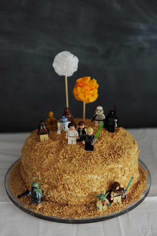 tarta de almendras de star wars para nios with tarta cumpleaos nios