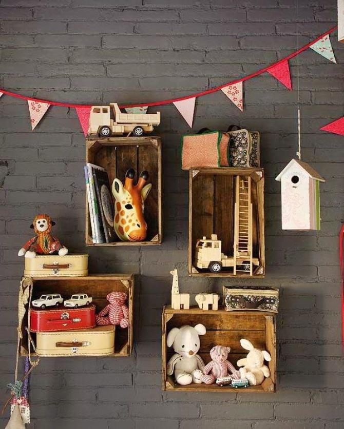 estanteria-caja-madera-juguetes