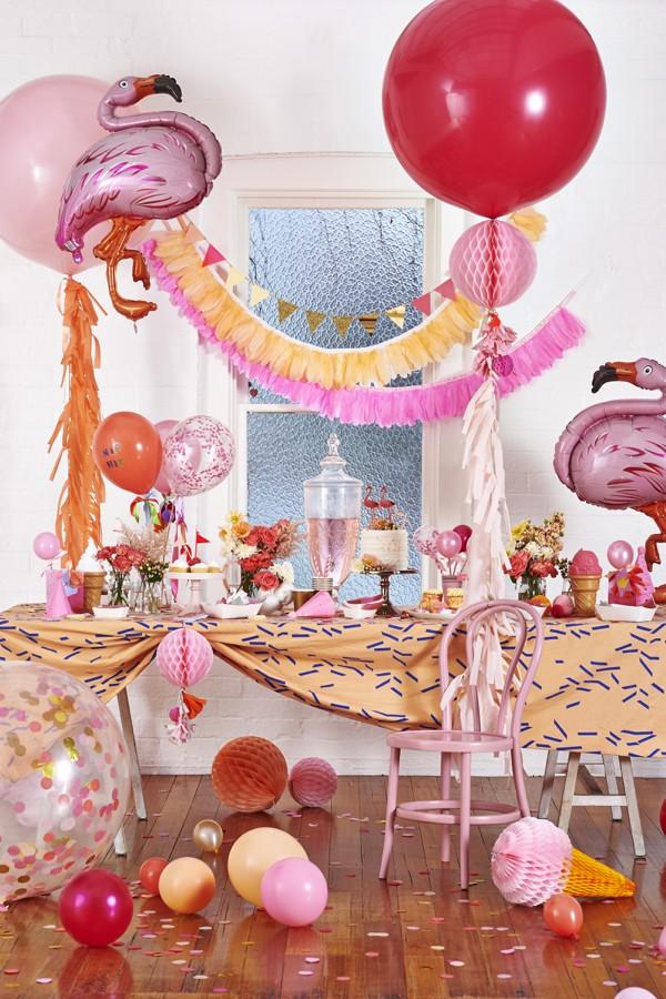 fiesta infantil estallido de colores flamencos