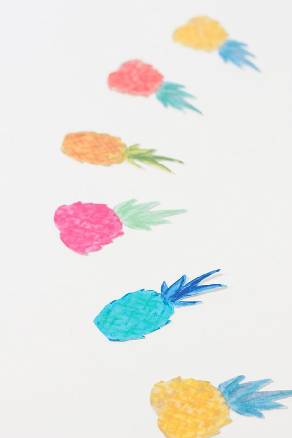 Guirnalda de piñas para decorar tus fiestas