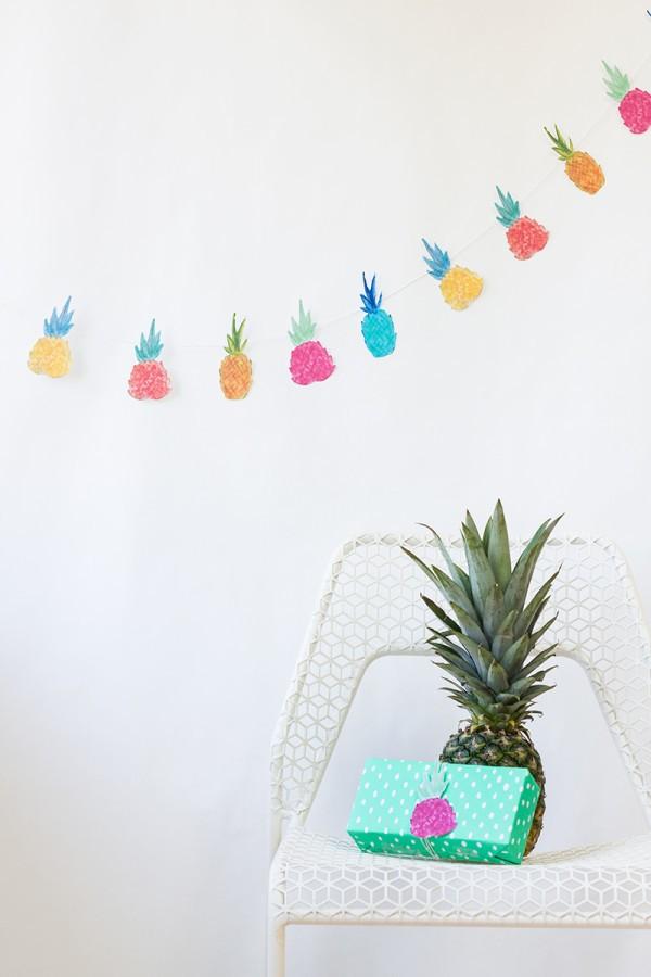guirnalda de piñas para decorar una fiesta