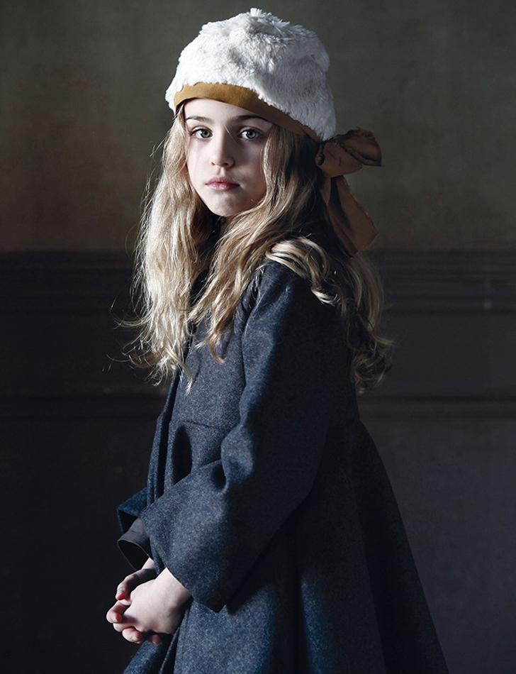 little-creative-factory-moda-infantil-abrigo-niña