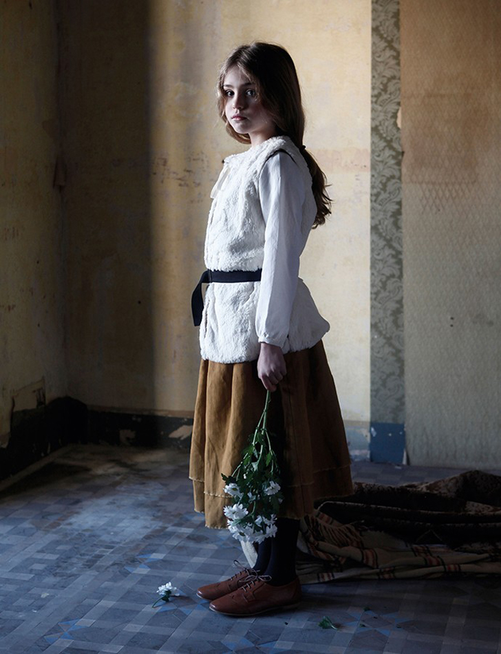little-creative-factory-moda-infantil-falda-mostaza