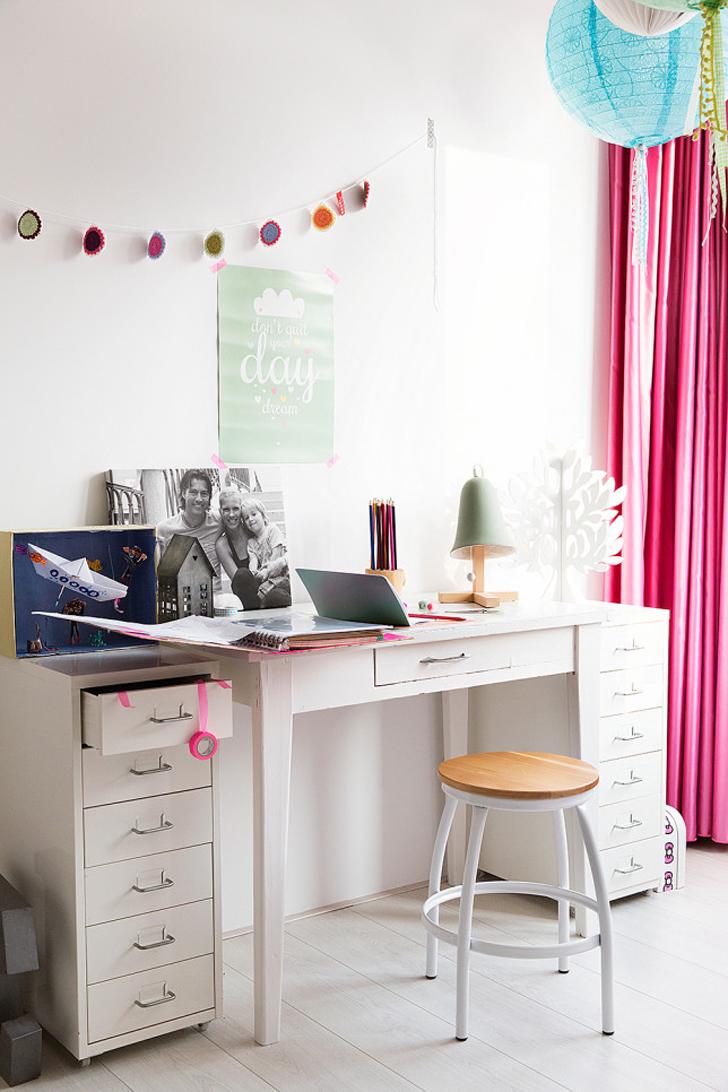 habitacion-infantil-vintage-escritorio-niñas