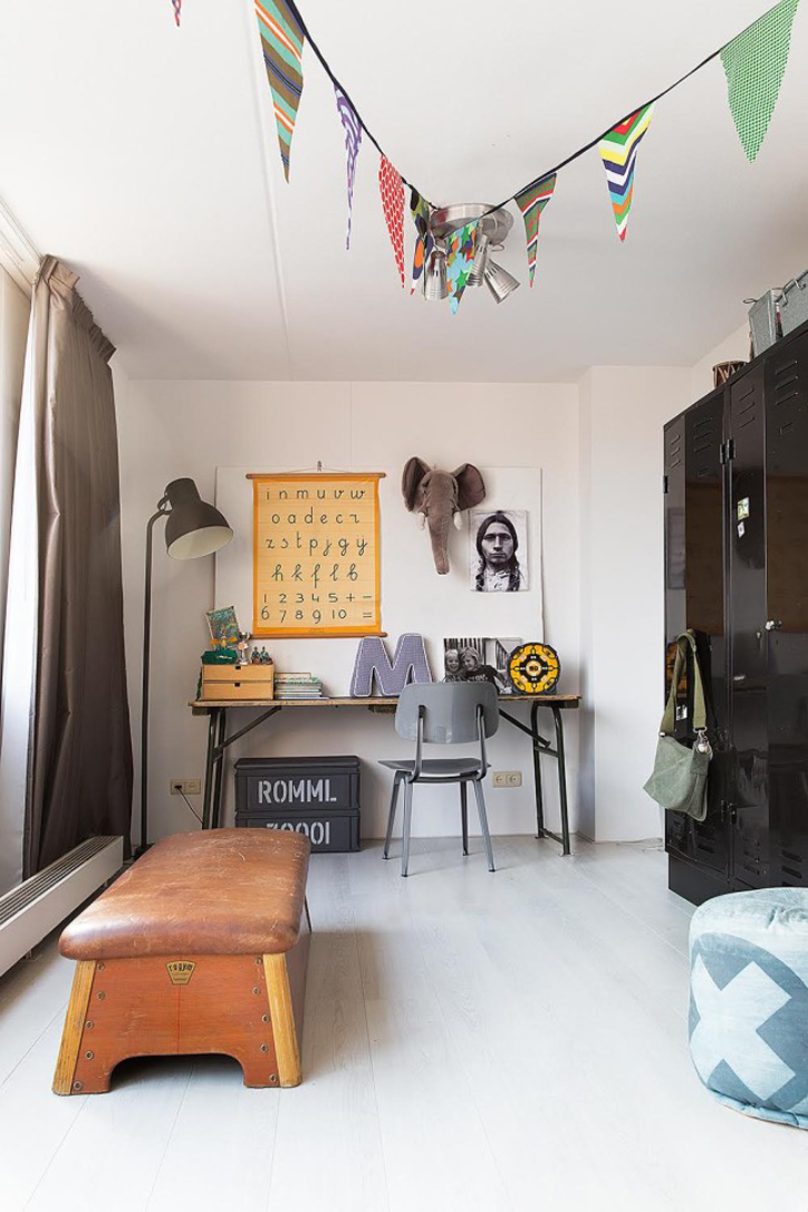 habitacion-infantil-vintage-escritorio-niños