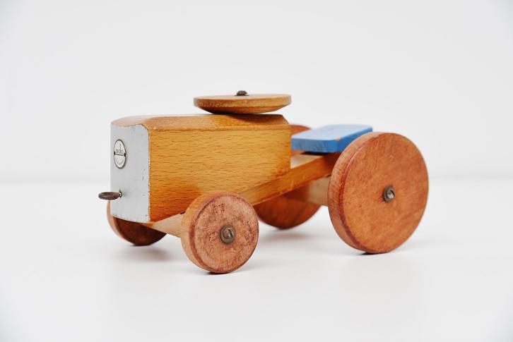 mid-mod-juguetes-vintage-tractor