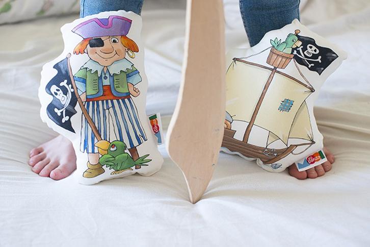 mooiesbonito-cojines-piratas