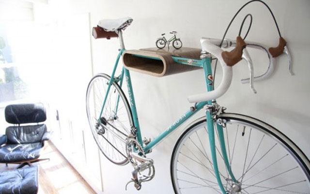 bici-colgada-decorativa