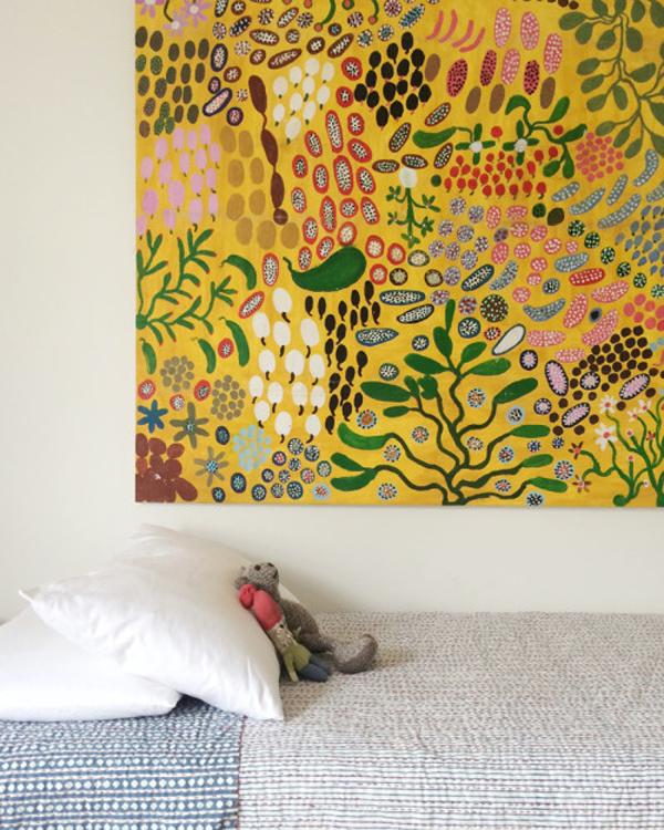 habitacion-compartida-cuadro-aborigen
