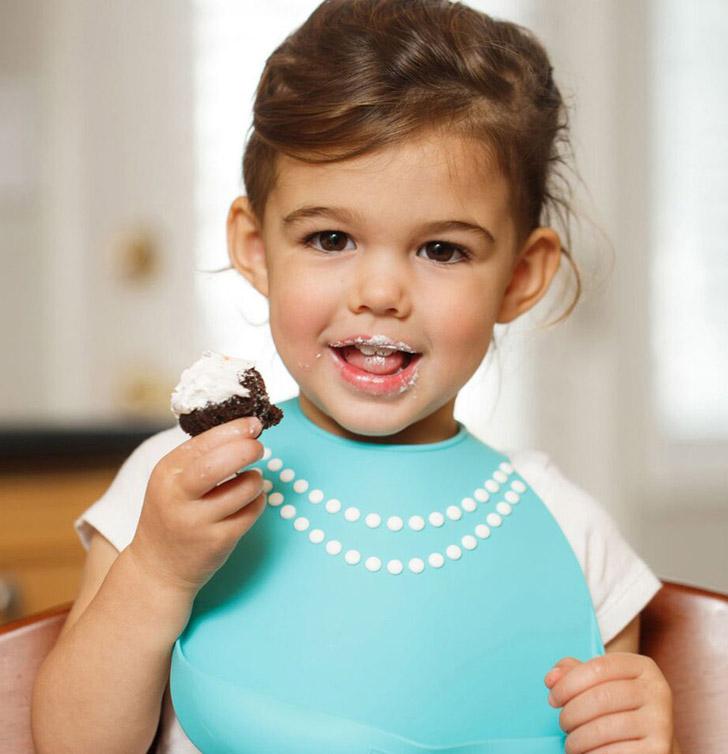 minimoi-babero-silicona-perlas