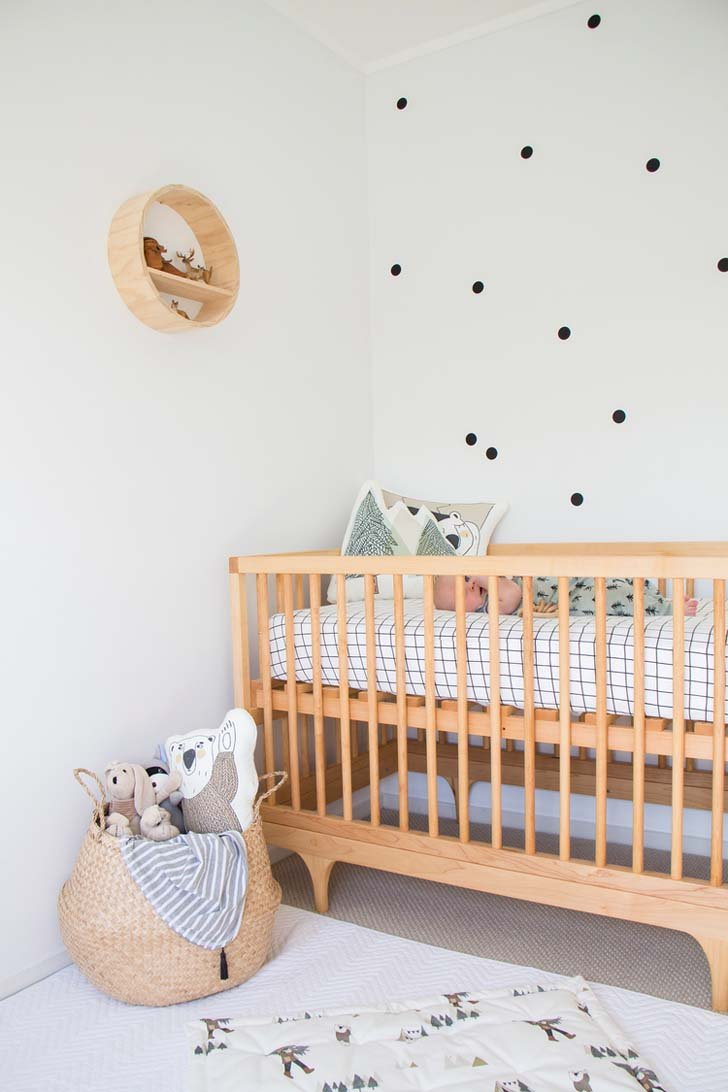Habitaci n de beb en estilo escandinavo y natural for Decoracion nordica infantil
