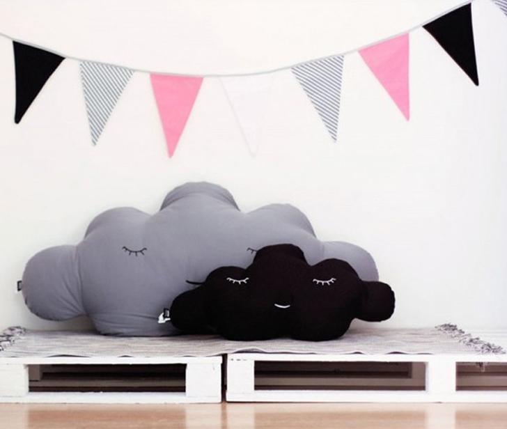 textiles-infantiles-nubes-guirnaldas