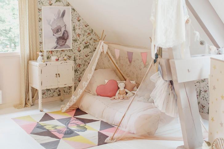 Decoraci n habitaciones de ni as decopeques for Cama divan nina