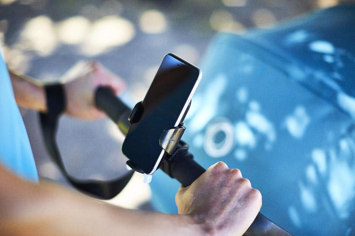 accesorios-bugaboo-soporte-para-smartphone