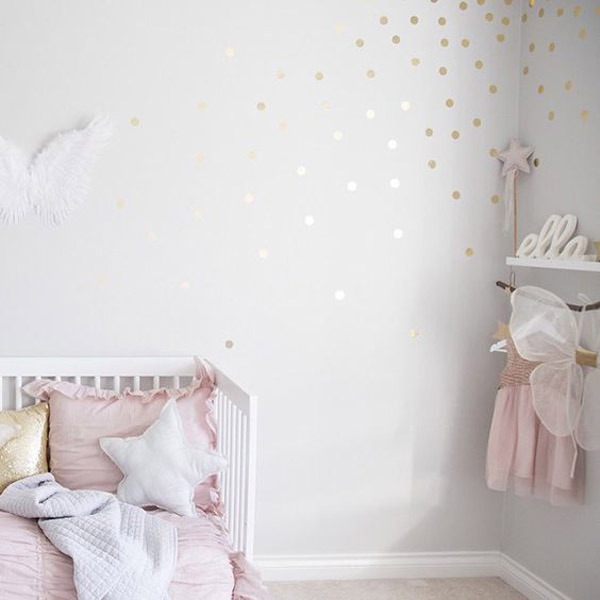 habitacion-bebe-paredes-lunares
