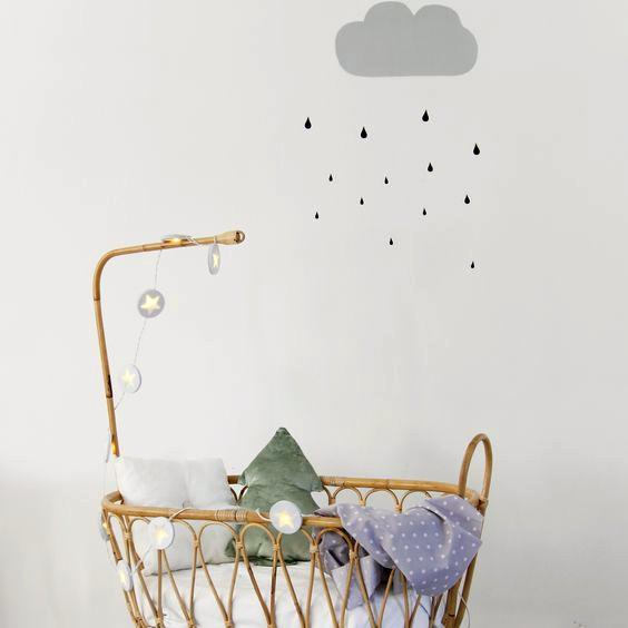 vinilos-infantiles-de-nubes-y-lluvia-a-color