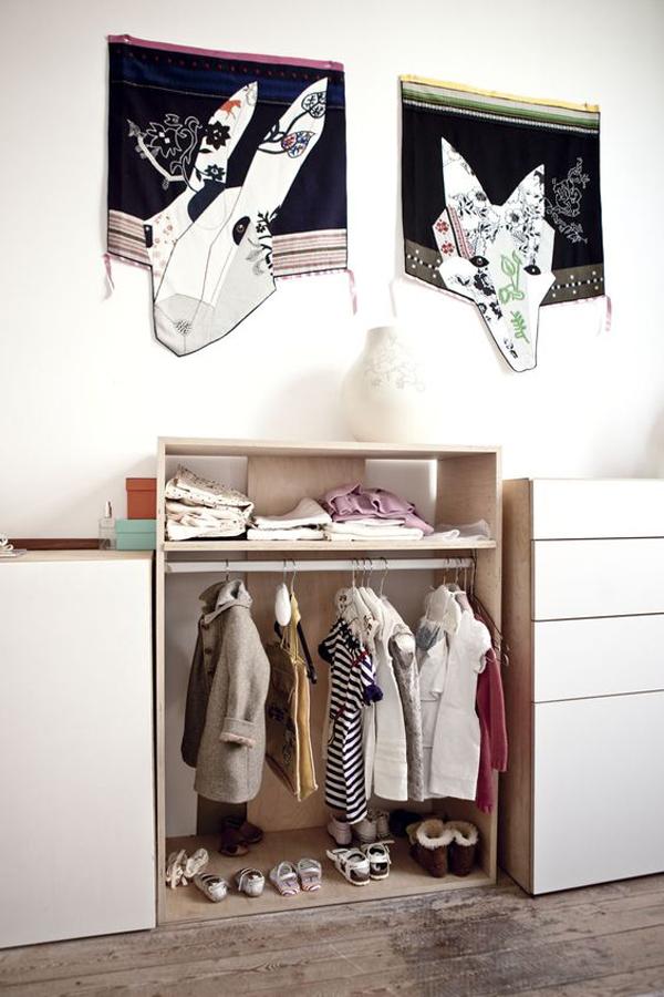 armario-infantil-abierto