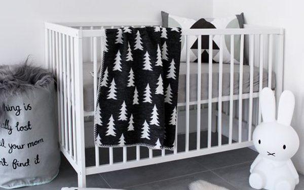 20 habitaciones infantiles en blanco  y negro