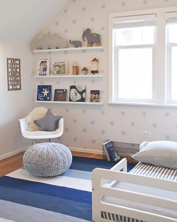 habitacion-de-bebe-complementos-en-azul