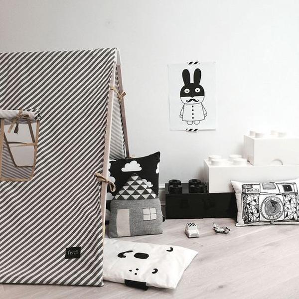 habitacion-infantil-blanco-y-negro-zona-de-juegos