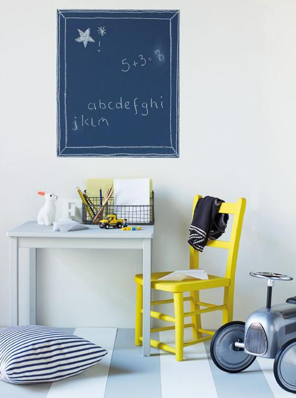 zona-de-estudio-en-el-cuarto-infantil