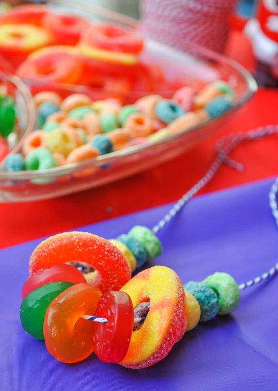 brochetas-de-chuches-para-fiestas-infantiles-1