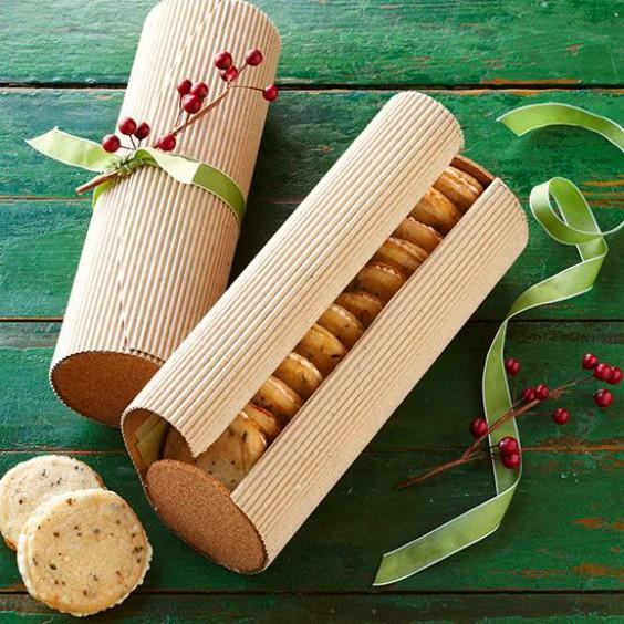 como-envolver-regalos-bonitos-para-ninos-y-bebes-en-navidad-6