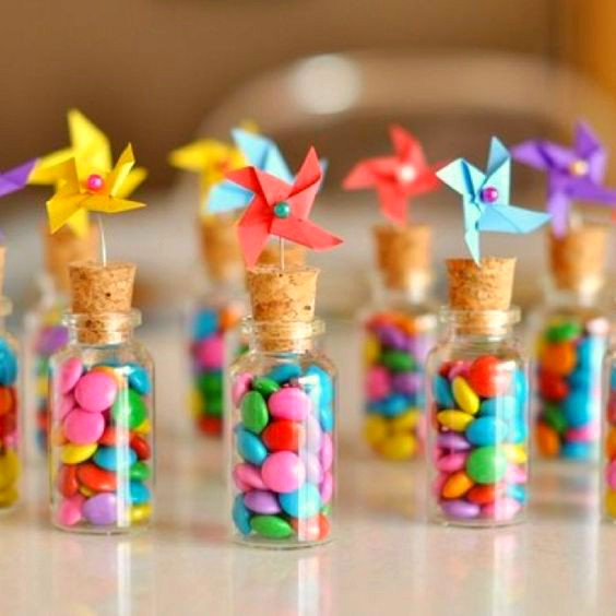 18 brochetas de chuches originales y ricas para fiestas for Fiestas ideas originales