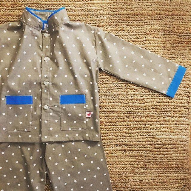 moda-infantil-mamamisol-pijama-estrellas
