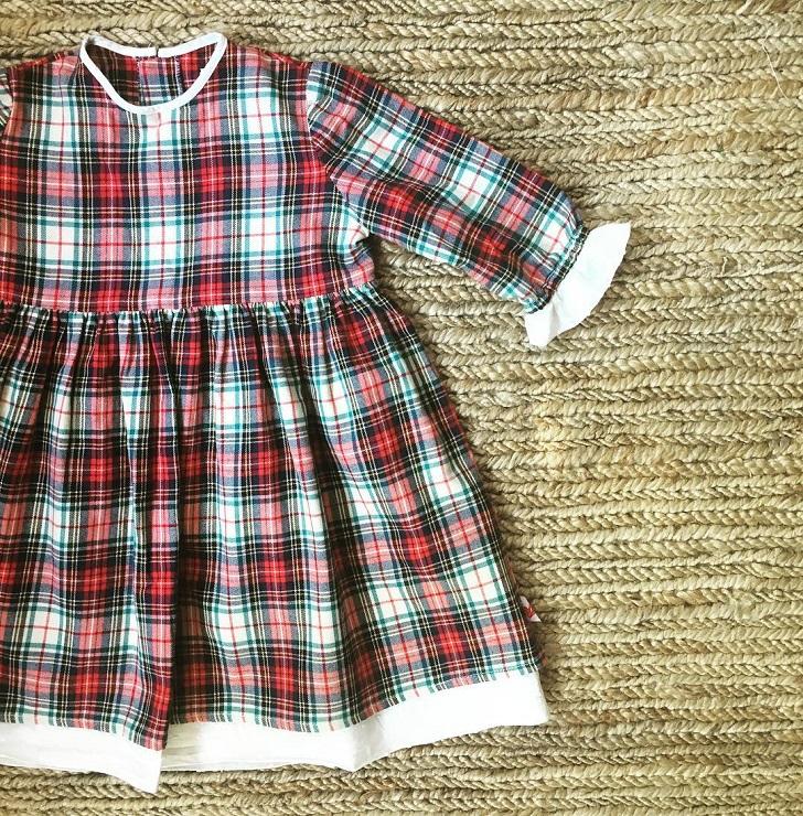 moda-infantil-mamamisol-vestido-cuadros-rojos